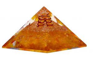 piramide orgonite ambra